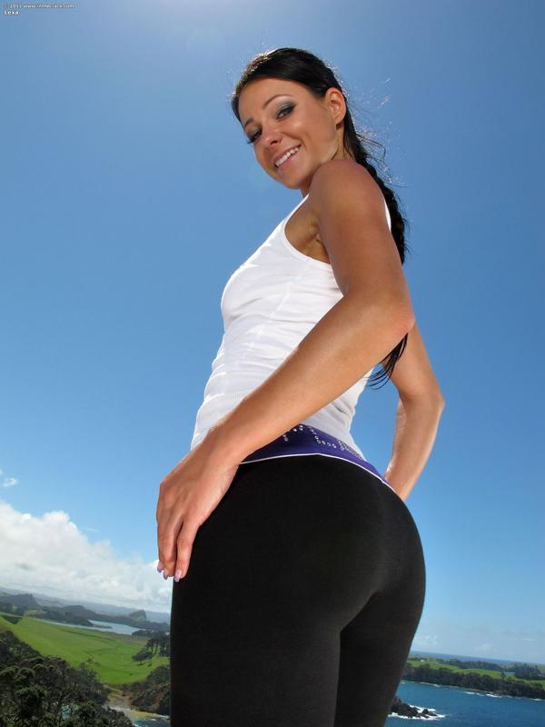 Nice View  Hot Girls In Yoga Pants  Best Yoga Pants-6097